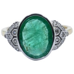18 Carat Yellow and White Gold Natural Emerald and Diamond Engagement/Dress Ring