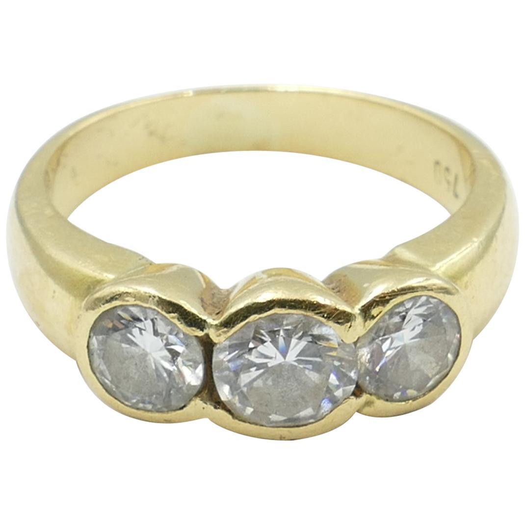 18 Carat Yellow Gold 3 Diamond Trilogy Ring