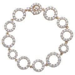 18 Carat Yellow Gold and Round Cut Diamonds Bracelet