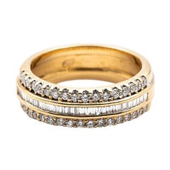 18 Carat Yellow Gold Baguette and Round Brilliant Cut Diamond Vintage Band Ring