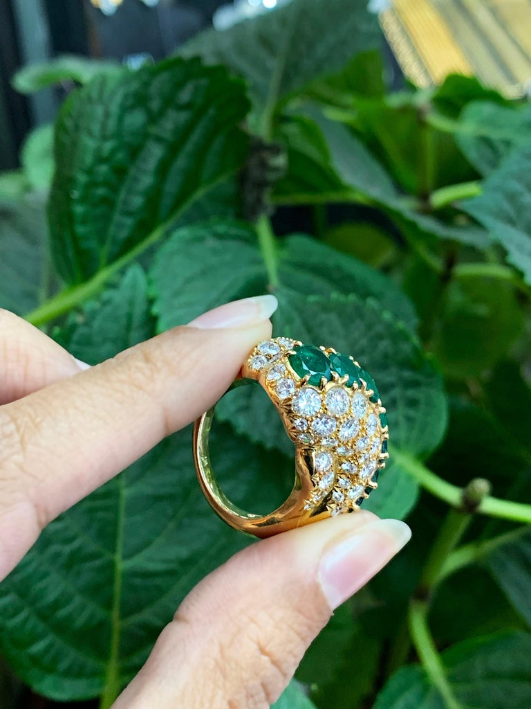 18 Carat Yellow Gold Emerald and Diamond Cocktail Ring For Sale 1