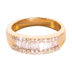 18 Carat Yellow Gold Round Brilliant Cut and Baguette Cut Diamond Band Ring