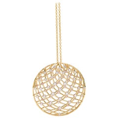 18 Carat Yellow Gold Round Cut Diamonds Pendant Necklace