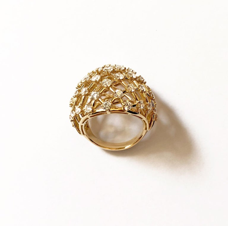 18 Carat Yellow Gold Round Cut Diamonds Ring In New Condition For Sale In Valenza, IT
