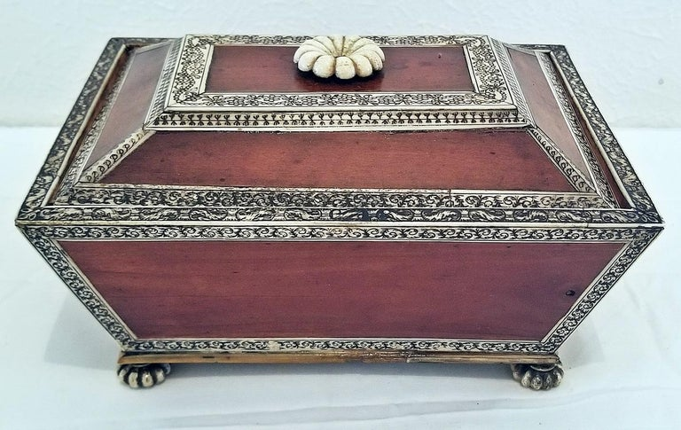 18 Century Anglo-Indian Vizagapatam Casket In Excellent Condition For Sale In Dallas, TX
