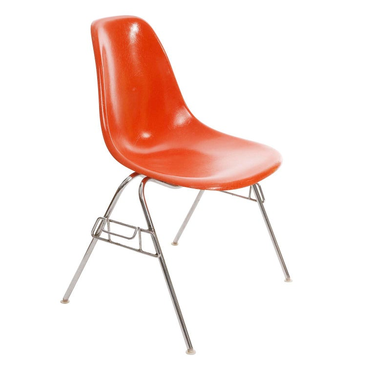 Mid-Century Modern 18 DSS Stacking Chairs, Charles & Ray Eames, Herman Miller, Orange Fiberglass For Sale