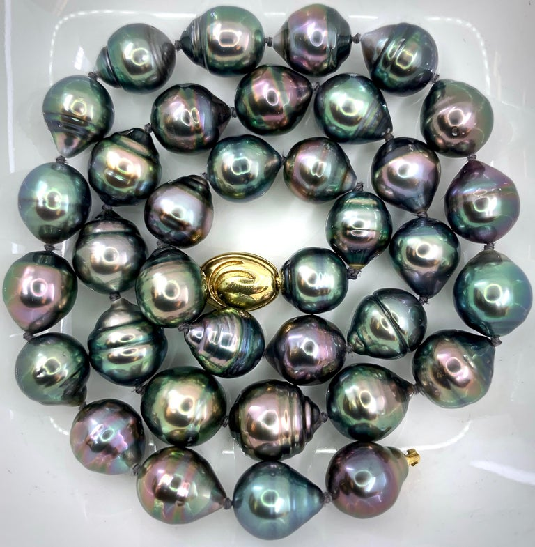 Women's Graduated Multicolored Tahitian Baroque Pearl Necklace For Sale