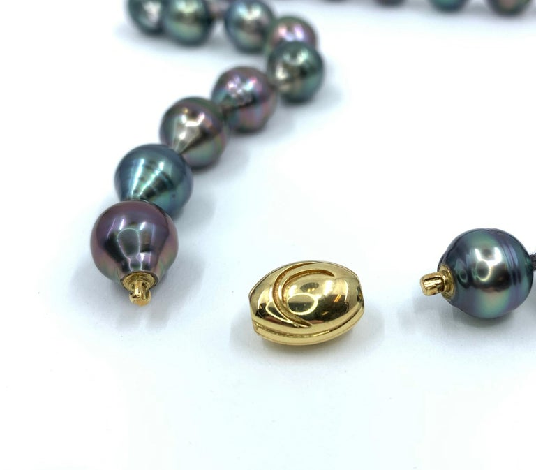 Graduated Multicolored Tahitian Baroque Pearl Necklace For Sale 2