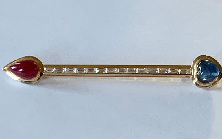 Contemporary 18 K Gold Bar Pin Brooch with Baguette Diamonds and Sapphire and Ruby Cabochon For Sale