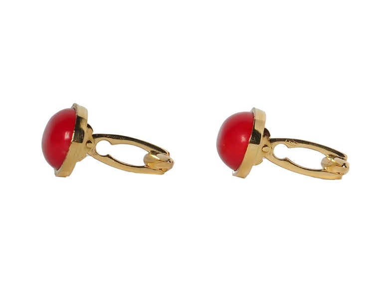 Gold red cabochon coral cufflinks 18k gold gr.8,00.  All Giulia Colussi jewelry is new and has never been previously owned or worn. Each item will arrive at your door beautifully gift wrapped in our boxes, put inside an elegant pouch or jewel box.8