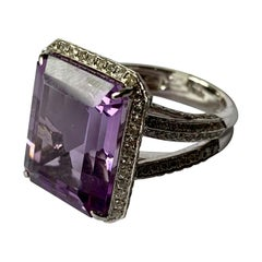 18 K White Gold Amethyst Diamond Cocktail Ring