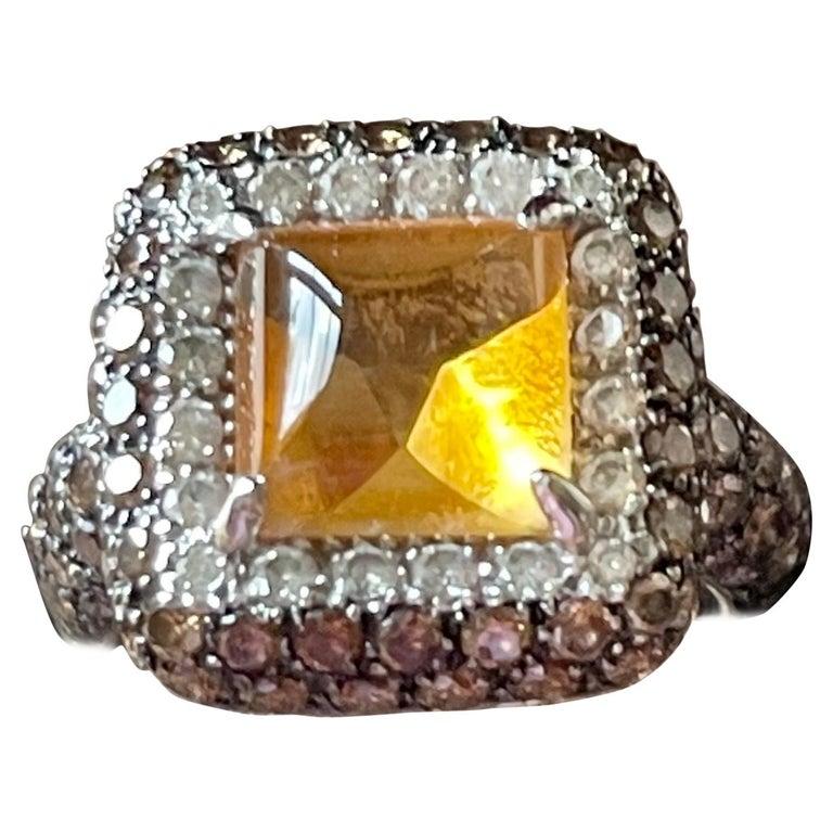 18 K White Gold Citrine Champagne White Diamond Cocktail Ring For Sale