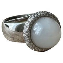 18 K White Gold Coktail Ring Diamonds Sugarloaf Moonstone Gubelin Lucerne