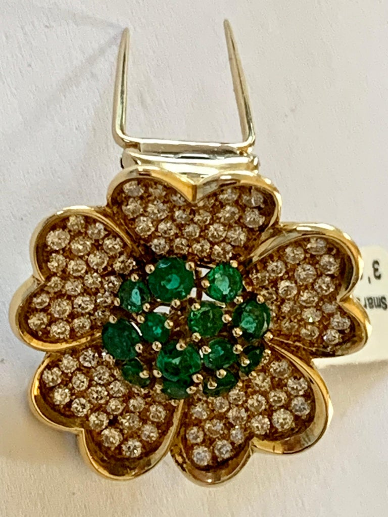 Women's or Men's 18 Karat Yellow Gold Emerald and Diamond Flower Brooch/Pendant For Sale