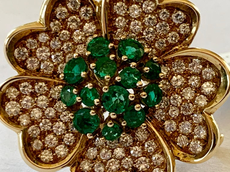 18 Karat Yellow Gold Emerald and Diamond Flower Brooch/Pendant For Sale 1