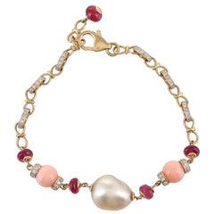 18 Karat 10.83 Carat South Sea Baroque Coral Ruby Diamond Links Gold Bracelet