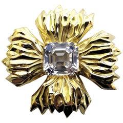 18 Karat 16 Carat Royal Medallion Brooch Pin Flaming Celtic Cross Vintage Prime