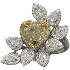 18 Karat 2.80 GIA Certified Yellow Heart Diamond Ring