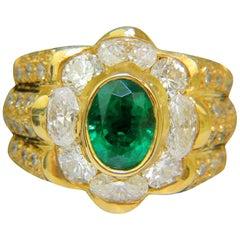 18 Karat 4.00 Carat Natural Emerald Diamond Ring Custom Detail and A+ Cocktail