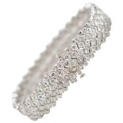 18 Karat 8.98 Carat Diamond Multi-Row Milgrain Bracelet