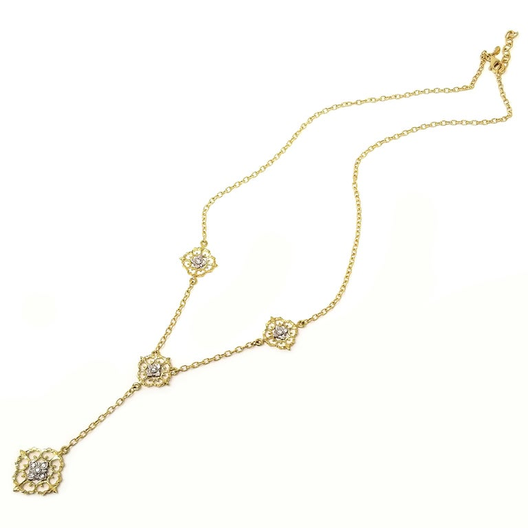 Round Cut 18 Karat and Diamond Hand-Engraved Necklace Handmade in Florence, Italy For Sale