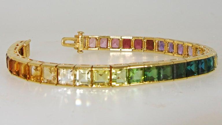 Armband aus 18 Karat mit mehrfarbigen Steinen, Raymond Yard 2