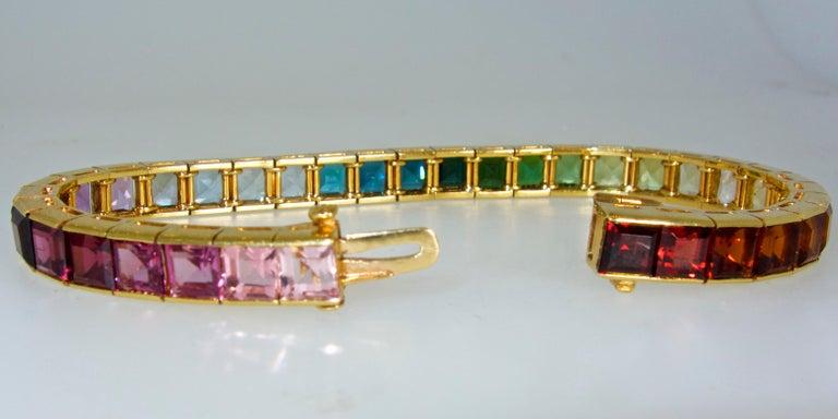 Armband aus 18 Karat mit mehrfarbigen Steinen, Raymond Yard 4