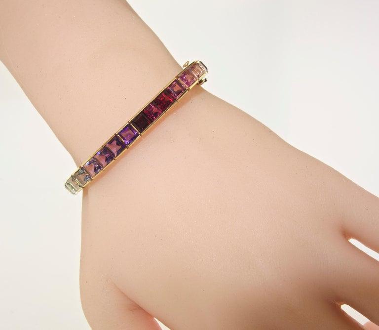 Armband aus 18 Karat mit mehrfarbigen Steinen, Raymond Yard 8