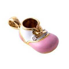 18 Karat and White Enamel Yellow Gold Baby Shoe