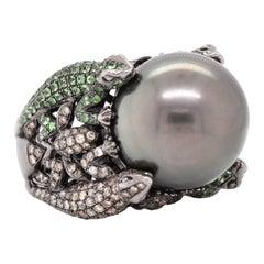 18 Karat Black Rhodium Tahitian Pearl, Tsavorite, and Champagne Diamond Lizard C