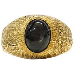 18 Karat Black Star Sapphire Ring