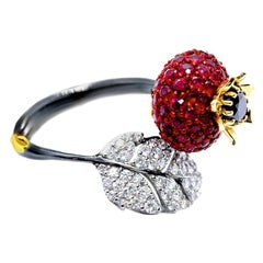 Sybarite Jewellery Briar Rose 18 Karat Gold Diamond 2.22 Carat Ruby Cluster Ring