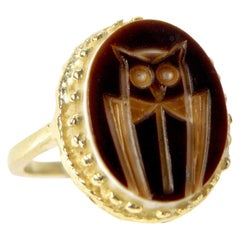 18 Karat Brown Agate Carved Owl Ring