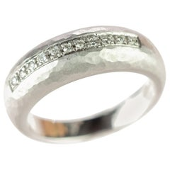 18 Karat Carved White Gold Diamond Brilliant Crafted Pave Line Band Wedding Ring