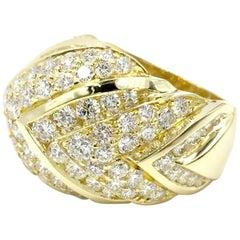 18 Karat Chevron Diamond Ring 5.37 Carat Total Weight