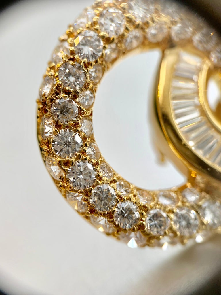 18 Karat Circle Drop Diamond Earrings For Sale 6