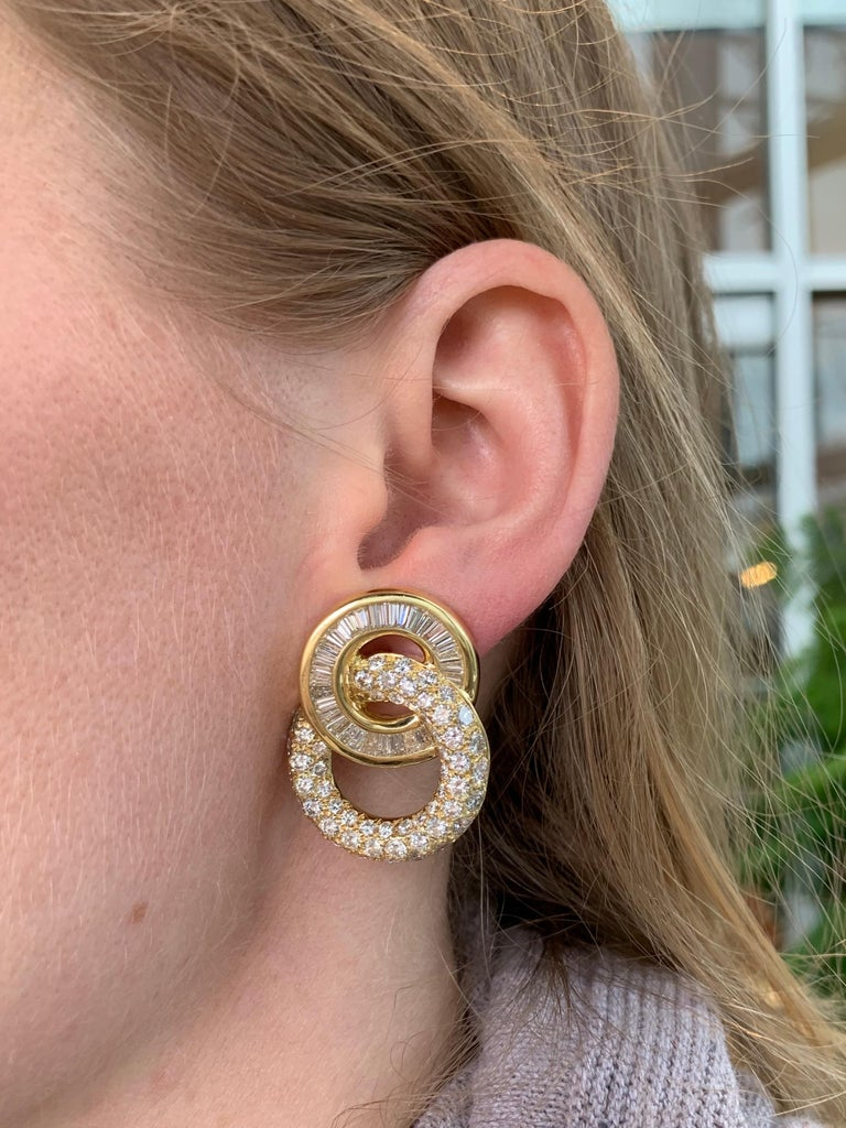 18 Karat Circle Drop Diamond Earrings For Sale 3