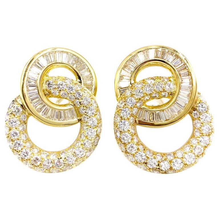 18 Karat Circle Drop Diamond Earrings For Sale