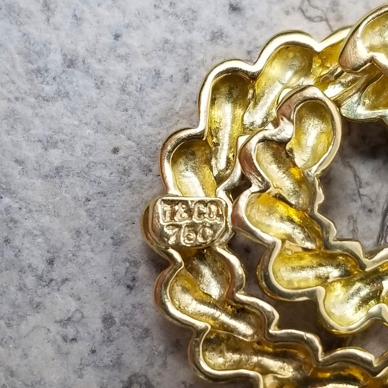 18 Karat Coiled Shrimp Pendant by Tiffany & Co. In Good Condition For Sale In Logan, UT