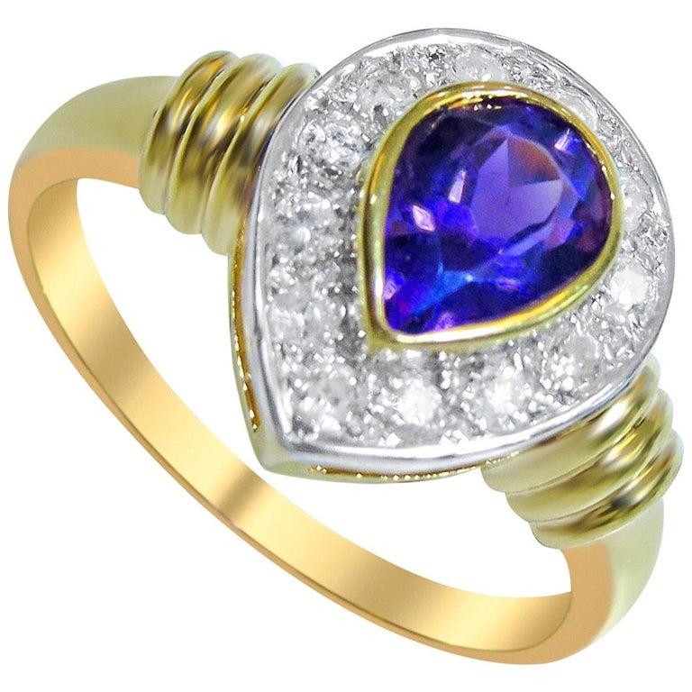 18 Karat Diamond and Amethyst Ladies Ring For Sale