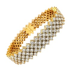 18 Karat Diamond Bracelet Wide Tennis Yellow Gold 22.88 Carat