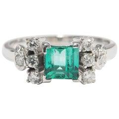 18 Karat Diamond Emerald Ring White Gold Engagement Wedding