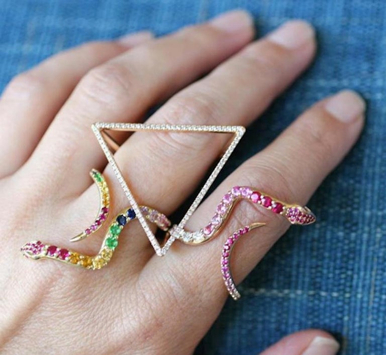 18 Karat Diamond Face Tetrahedron Pyramid Ring  For Sale 1