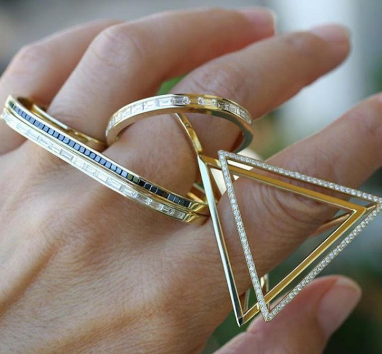 18 Karat Diamond Face Tetrahedron Pyramid Ring  For Sale 2