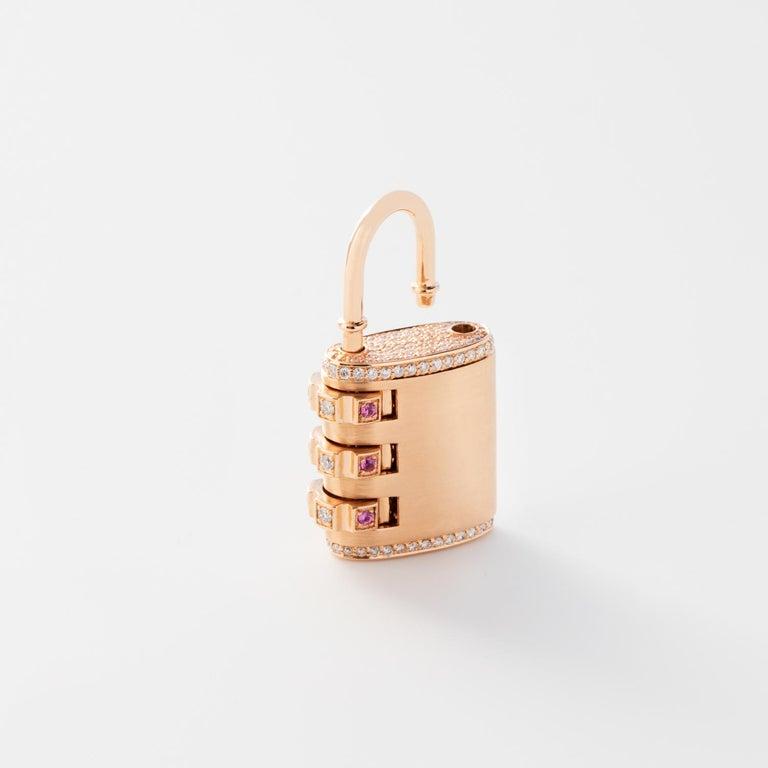 18 Karat Diamond Padlock Pendant with Handmade Curb Chain Necklace For Sale 1