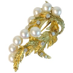 18 Karat Diamond Pearl Leaves Brooch