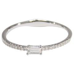 18 Karat Diamond Ring Band Thin White Gold 0.06 Carat