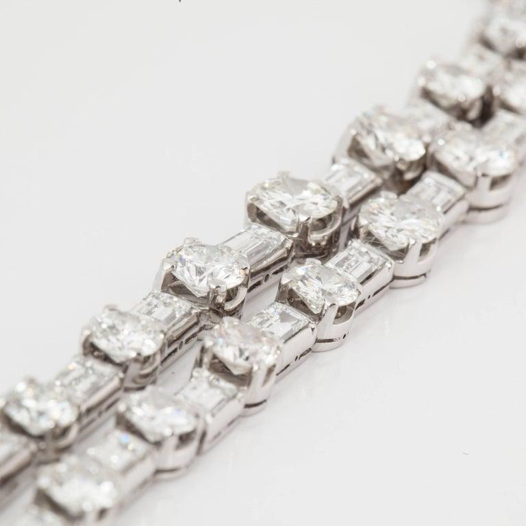 18 Karat Diamond Riviera Necklace In Good Condition For Sale In Houston, TX