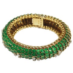 18 Karat Diamond Snake Bracelet Yellow Gold Green Enamel