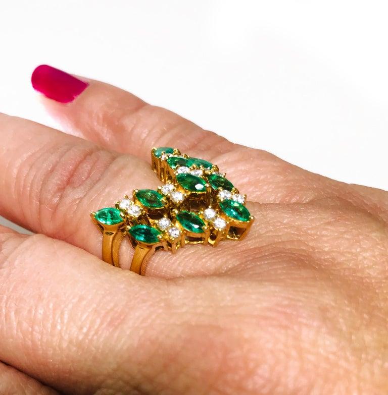 18 Karat Emerald Diamond Ring In Good Condition For Sale In Palm Desert, CA